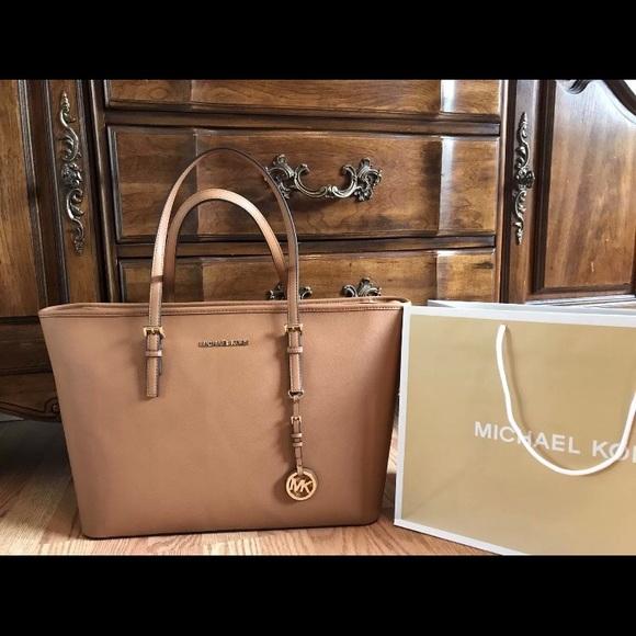 298 Michael Kors Handbag MK Saffiano Leather Bag 960b3584d2446